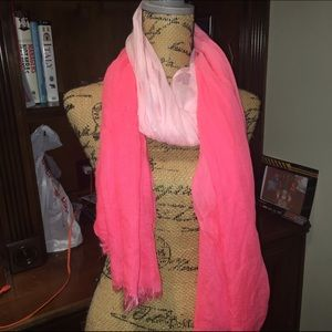  Ombré pink scarf