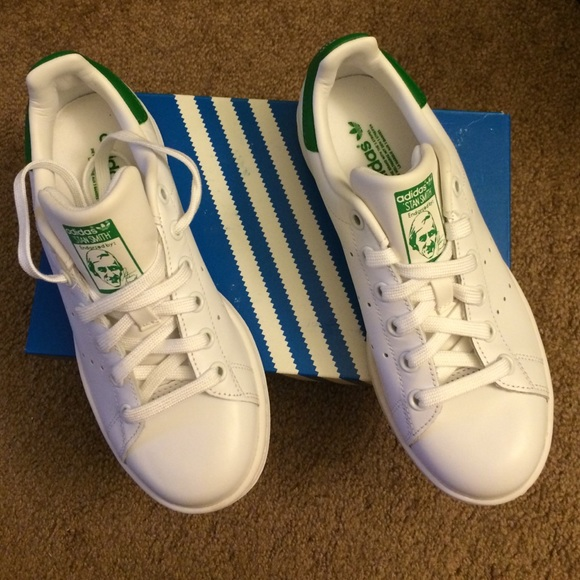 uk availability 328db 1bc7d NEW ADIDAS Women Stan Smith Casual Sneakers US 5.5