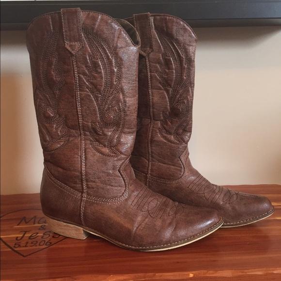 a10e412d6cf8ea DSW Shoes - Coconut cowgirl boots