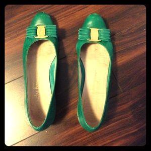 Salvatore Ferragamo vintage green/gold bow shoes