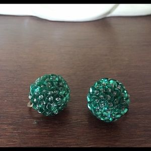 💚Vintage Sequin Screw Back Earrings/Green Dhalia
