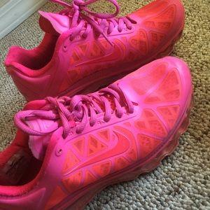 """Nike Shoes """"max air"""""""
