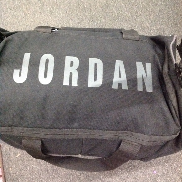 5252fcd1e595 ... gym bag black grey letters. M 578fba60bcd4a72749000488