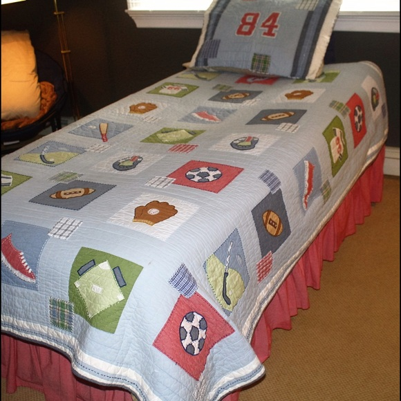 66% off Pottery Barn Other - �SOLD�POTTERY BARN QUILT - TWIN ... : twin sports quilt - Adamdwight.com