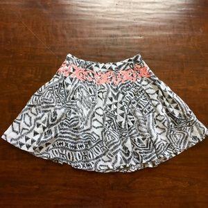 Fun & Flirt  Dresses & Skirts - Black and white patterned pleated skirt