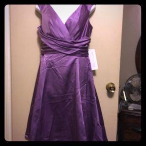 Cap Sleeveless off the shoulder V front dress