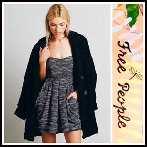 Free People Dresses & Skirts - ❗️1-HOUR SALE❗️FREE PEOPLE DRESS Strapless Mini