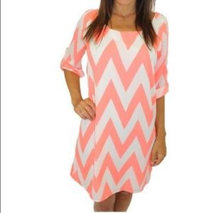 Never worn!!! Peach Chevron Print Dress