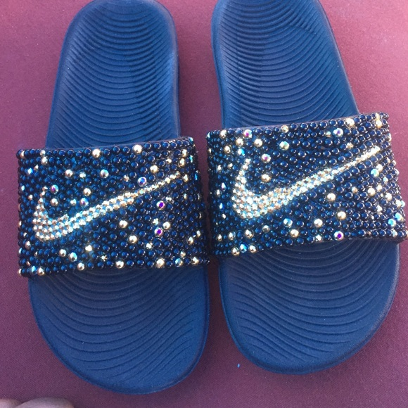 release date: 4874c 5d170 Nike Slides Bling Bling. M 579016a25a49d0aa42001700