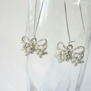Jewelry - Silver & Pearl Bow Loop Earrings
