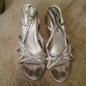 Anniel Shoes - Silver small heels