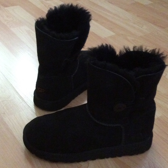 Ugg boots with sneaker bottom