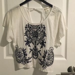 Nordstrom white blouse with navy embroidery