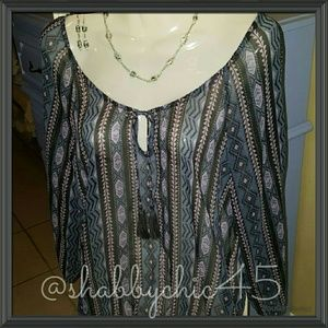 2/$15 NWOT AEO Sheer Pattern Pullover Blouse