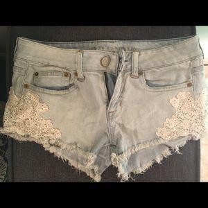 American Eagle daisy dukes jean shorts