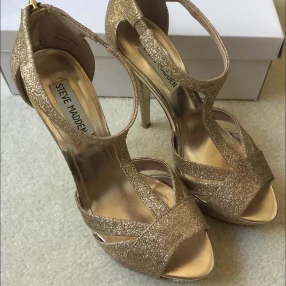 6168b403f Steve Madden Shoes | Haylowg Gold Glitter Pumps 75 | Poshmark