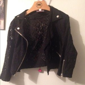 Romeo & Juliet Couture Jackets & Blazers - Cropped lace moto jacket