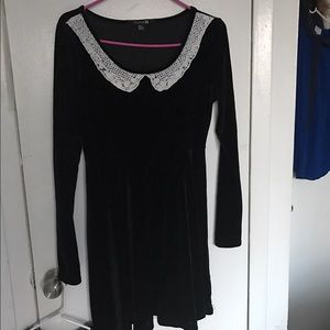 Forever 21 Dresses & Skirts - Black velvet skater dress with Peter Pan collar.