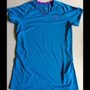 Nike L Dri-Fit V-neck Top (athletic workout yoga)