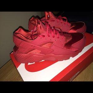 Nike Para Mujer Huarache De Aire Rojo Rubí RwUjI