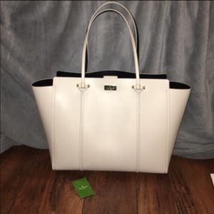 kate spade Handbags - FLASH SALE TODAY.Cream & Black Kate Spade purse