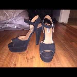 Steve Madden black platform heels size 9