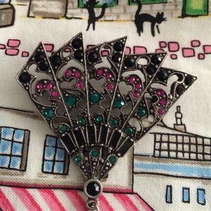 Vintage Jewelry - Exquisite fan brooch