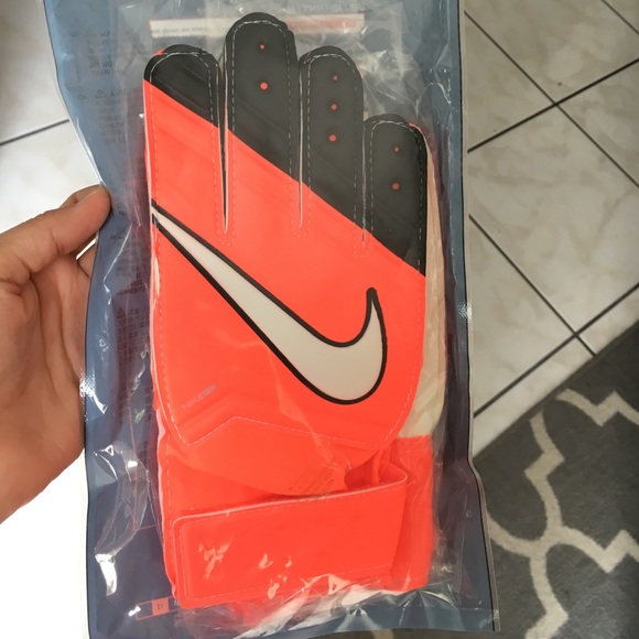 Nike Accessories - Nike Goalkeeper gloves