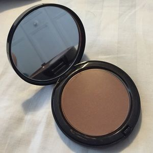 Bobbi Brown Other - Authentic Bobbi brown bronzer