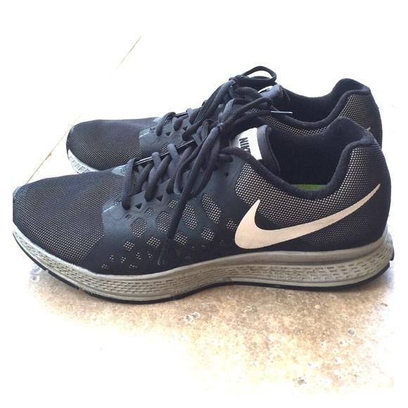new arrival 2db72 34488 Men s Nike H2O Repel Zoom Pegasus 31 Sneakers. M 57911ac97f0a05e16501c1f3