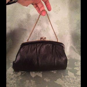 Vintage Leather Double-Kiss Closure Bag