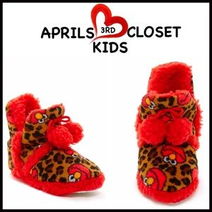 Sesame Street Other - ❗️1-HOUR SALE❗️Elmo Slippers By SESAME ST