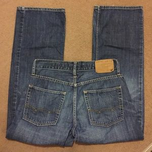 American Eagle Outfitters Other - American Eagle Jeans size 28