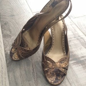 Gianni Bini Shoes - Gianni Bini bronze heels