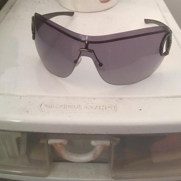 528bd614a7e Gucci Accessories - Gucci black studded shield sunglasses 2711 Strass