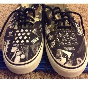 714992bed0f52d Vans Shoes - NEW Vans Syndicate China Girl Summer Weirdo Dave