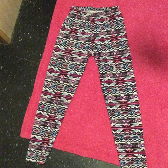 93ab65e389b40a Bobbie brooks Pants - BOBBIE BROOKS leggings. Size L