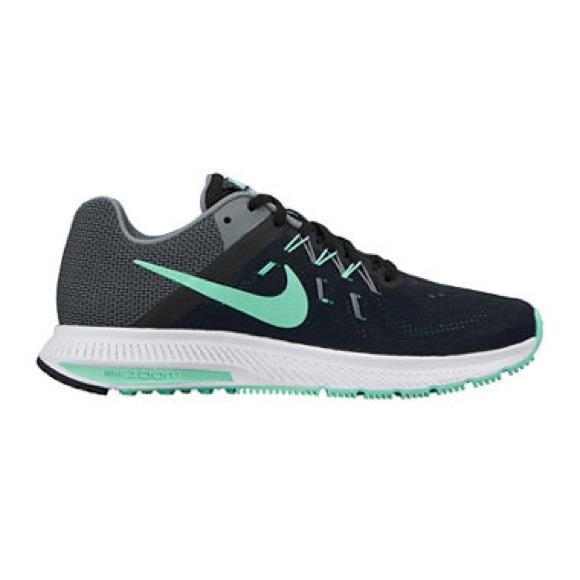 b7e095bb3a5df Black   Mint Nike Zoom Winflo 2 Running Shoes. M 57913a3036d594ca7e000ed9
