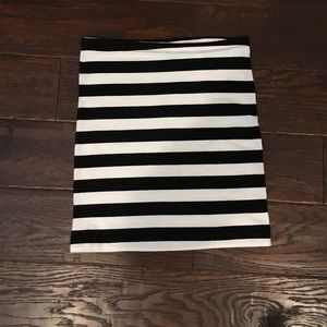 H&M Black and White Striped Skirt