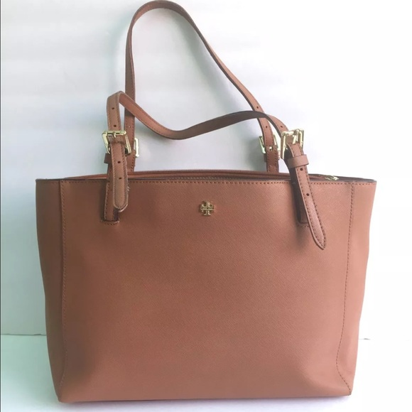4df5589137df9 ... York buckle tote. M 57913f8156b2d610db0017f2. Other Bags ...