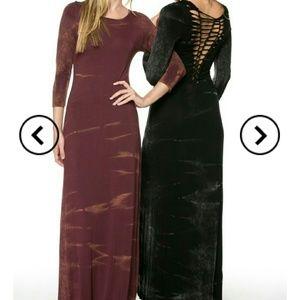 Dresses & Skirts - 3/4 sleeve marbled maxi dress