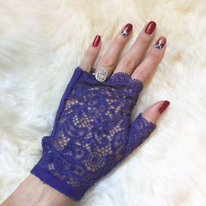 La Perla Accessories - La Perla Purple Fingerless Lace Gloves
