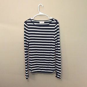 Striped top w/ thumb holes