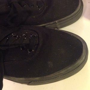 8f5d0f2e07adce Faded Glory Shoes - Faded Glory knockoff Vans All Black -MENS SIZE 8-