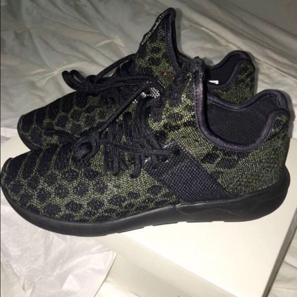 52570dbe3 Black olive green adidas shoes. Brand new!