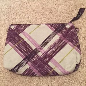 Thirty one Handbags - NWT thirty one zippered pouch