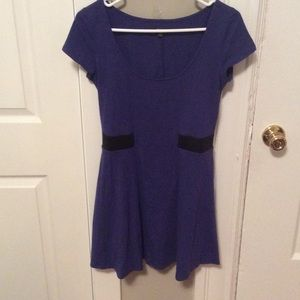 American Eagle cap sleeve dress with back cutout