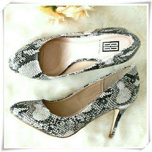 ♡ Signature ♡ Aundrea snake print heels