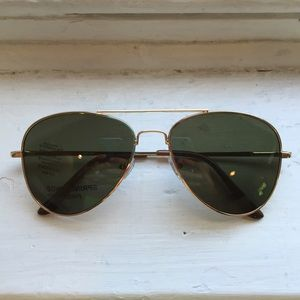 Epic Brand Accessories - Gold Aviator Sunglasses w/ Green G-15 Lenses
