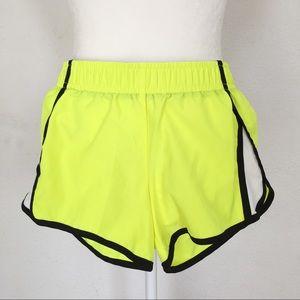 City Streets Pants - XS Sporty Shorts